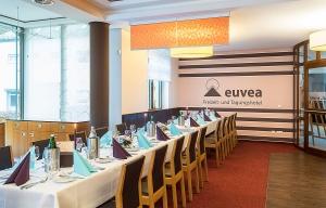 Euvea-Neuerburg-Restaurant_1.jpg